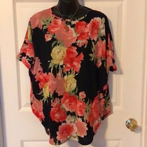 MTS Floral tunic